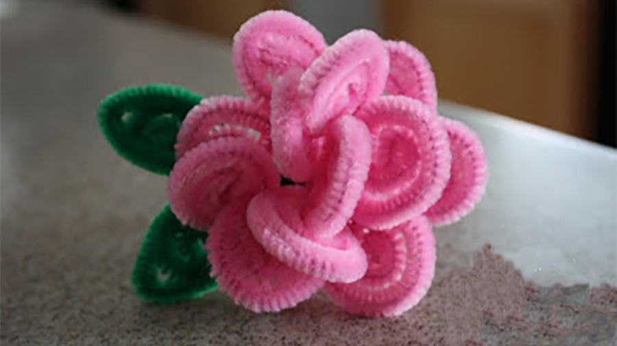 Pipe Cleaner Flower Ring Craft for Kids